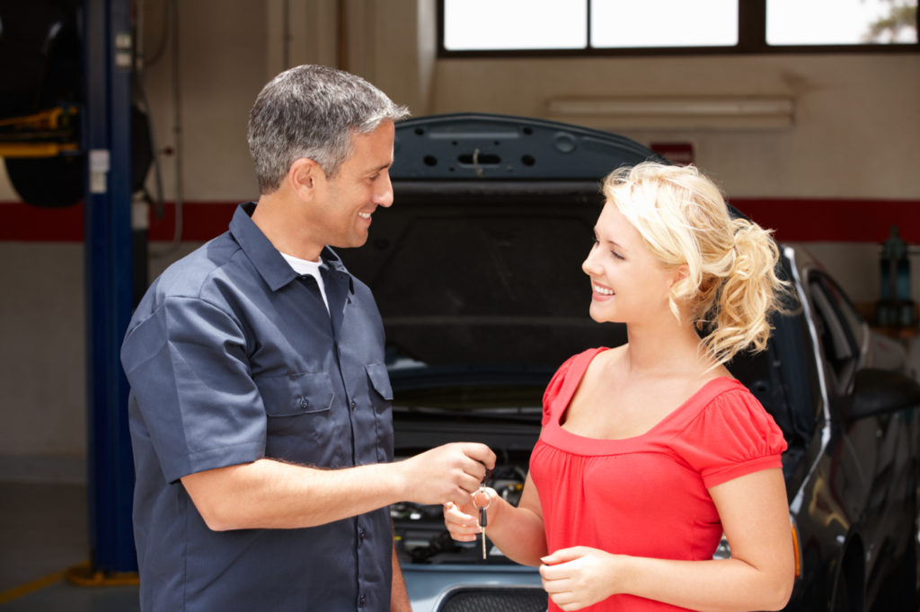 mechanic-customer-1.jpg